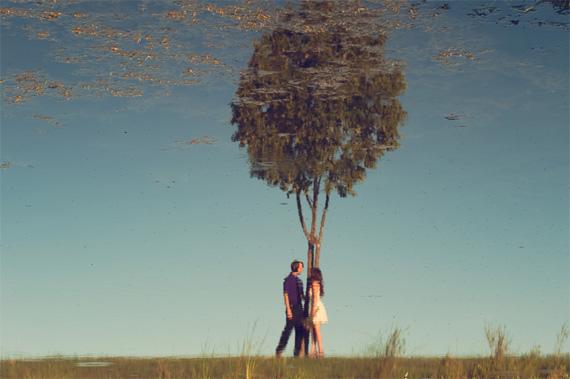 """the world upside down"" oleh Kelli Ahern"