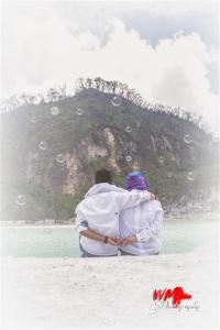 Prewedding Kawah Putih Rizaldy + Ian