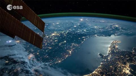 Timelapse Bumi Dilihat Dari Luar Angkasa_2